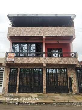 Vendo casa barrio la inmaculada en Granada meta rentable de tres pisos