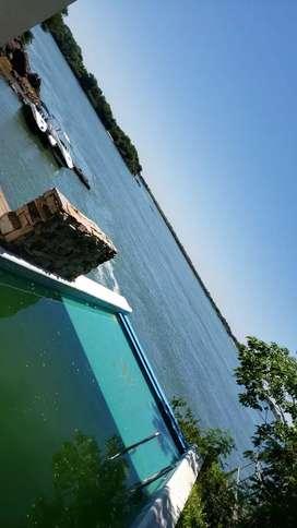 Casa sobre el Rio Paraná