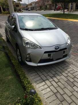 Vendo Toyota Prius Sport 2013 con solo 92600 km