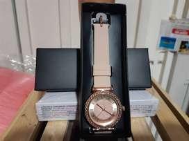Reloj avon elegante por solo 30.000