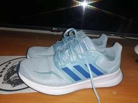 Zapato adidas talla 36.5 usados