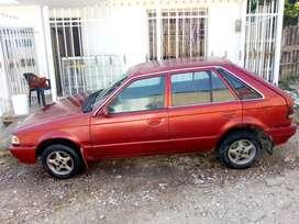Mazda 323 hs, modelo 1996, seguro hasta septiembre.