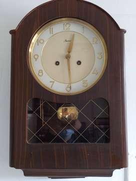 Reloj alemán Jawaco