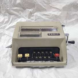 Calculadora antigua Facit AB C1-13 vintage de colección