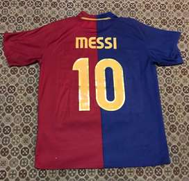 Camiseta messi barcelona usada buen estado