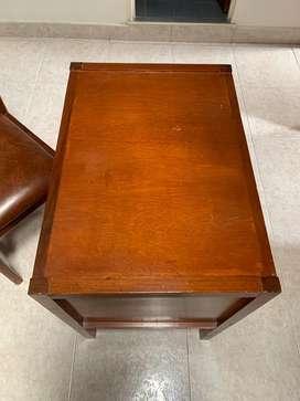 Mesa y silla para estudio