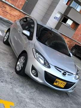 Mazda 2 / aut / 2013