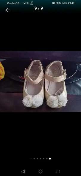 Zapatos niña dorados 19