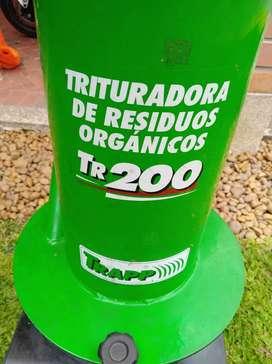 Trituradora de residuos organicas o chipeadora de follaje marca Trapp