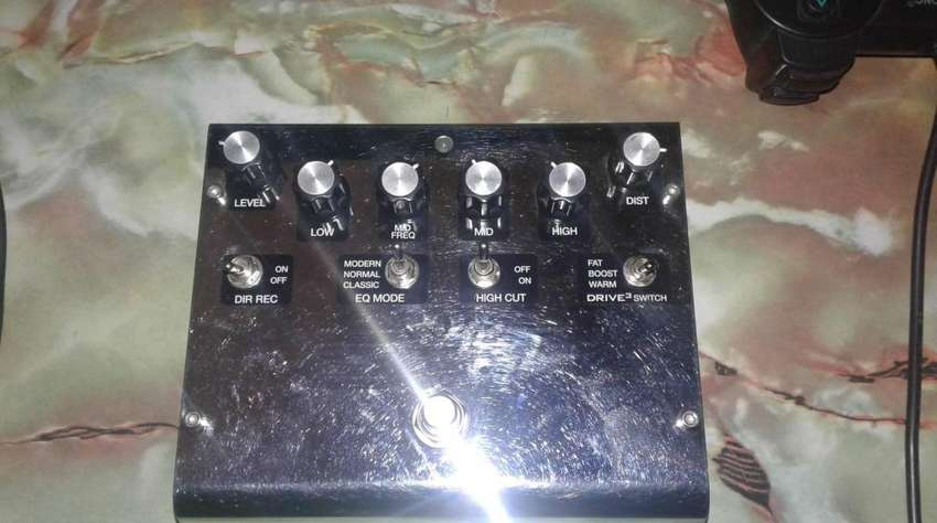 Vendo O cambio Pedal AKAI Deluxe Distortion 0
