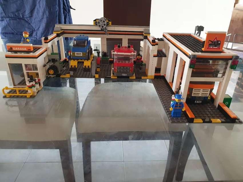 Lego City 7642 Estación de servicio 0