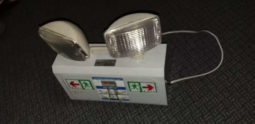 Vendo lámpara de emergencia 0