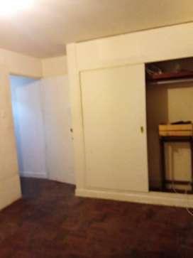 Alquilo habitación Miraflores 600 soles
