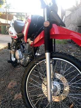 Skua 150 impecable