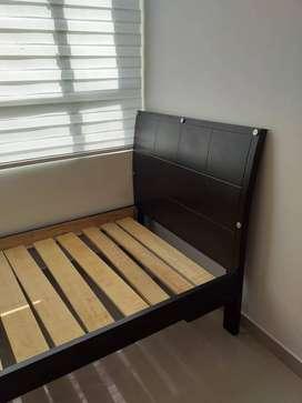 vendemos una cama muy economica
