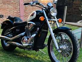 Honda shadow vlx 600. Implecable