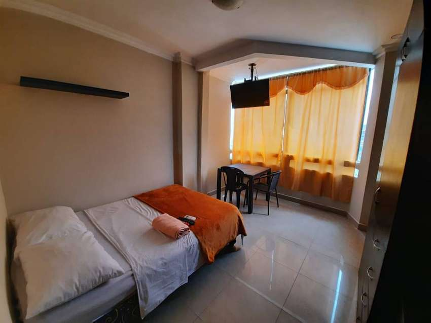 Suites estudio con baño y cocina personal Condominio Tipo Hotel Alborada 0