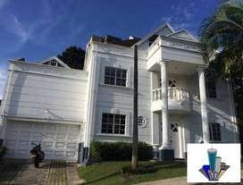 Casa en el sector del poblado con buena ubicación código 346547