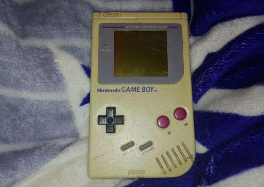 Gameboy Original 1989 0