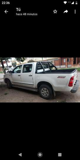 Hilux 2012 dx pack  4x2  tdi