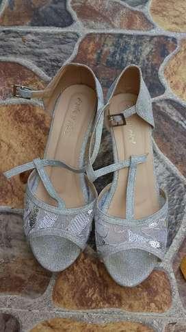 Zapatos de Vestir casi nuevos