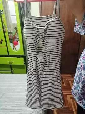 Vendo vestido para dama (Talla S)