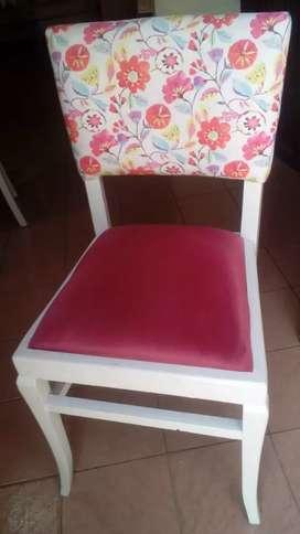 Vendo sillas de madera tapizadas en pana de distintos colores