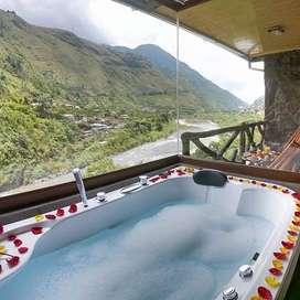 Hotel con vista al río en Baños de Agua Santa