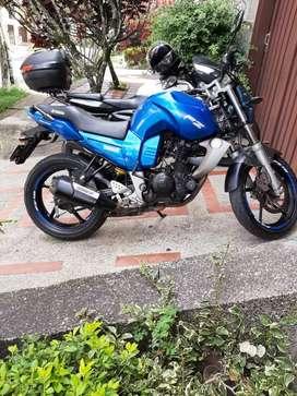 Yamaha fz 150... PERFECTO ESTÁDO