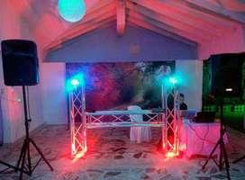 Alquiler de sonido y trux de luces para fiestas