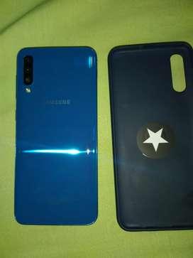 Vendo celular Samsung A50 totalmente flamante 3 meses de uso