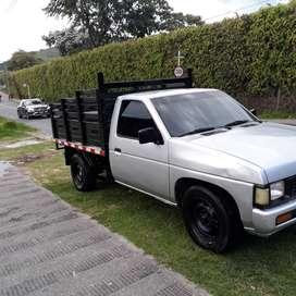 Camioneta nissan b2000