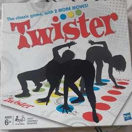Twister usado como nuevo