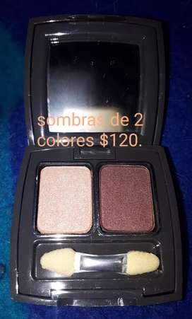 Sombras, rubor, maquillaje