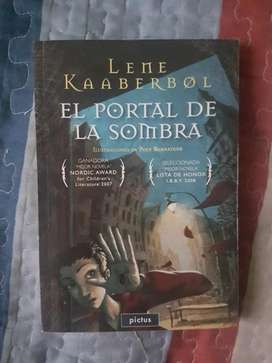 El Portal De La Sombra · Lene Kaaberbol