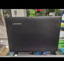 Portátil  lenovo Core  i5 de sexta generación, memoria ram 4gb disco sólido