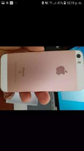 Iphone se 16 GB como nuevo 10 dias de uso,  en caja auricular, cargador