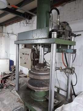 Vendo prensa hidráulica automática.