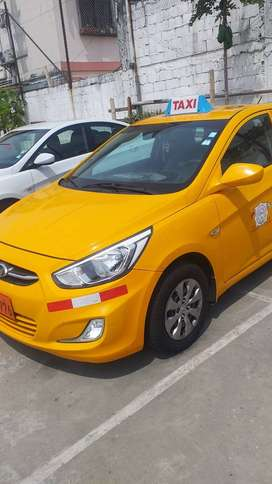 vendo taxi hyundai accent 2017