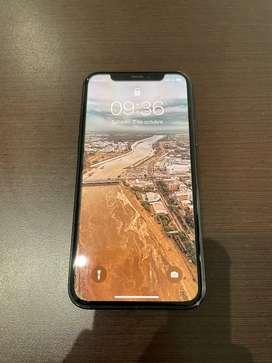 Iphone 11 pro en venta. Se entrega con cable original.