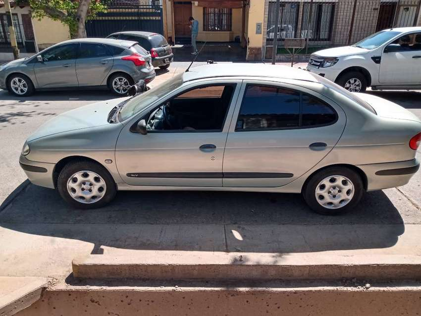 Renault megane pack plus  2008 impecable 0