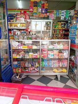 Minimercado con 5 años al servicio del publico