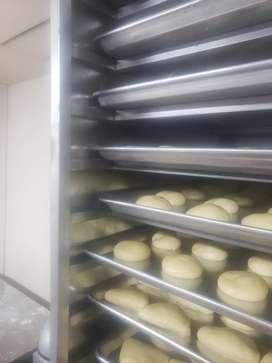 Necesito panadero pastelero con experiencia