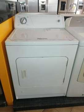 Secadora a gas marca whirlpool usada con garantía