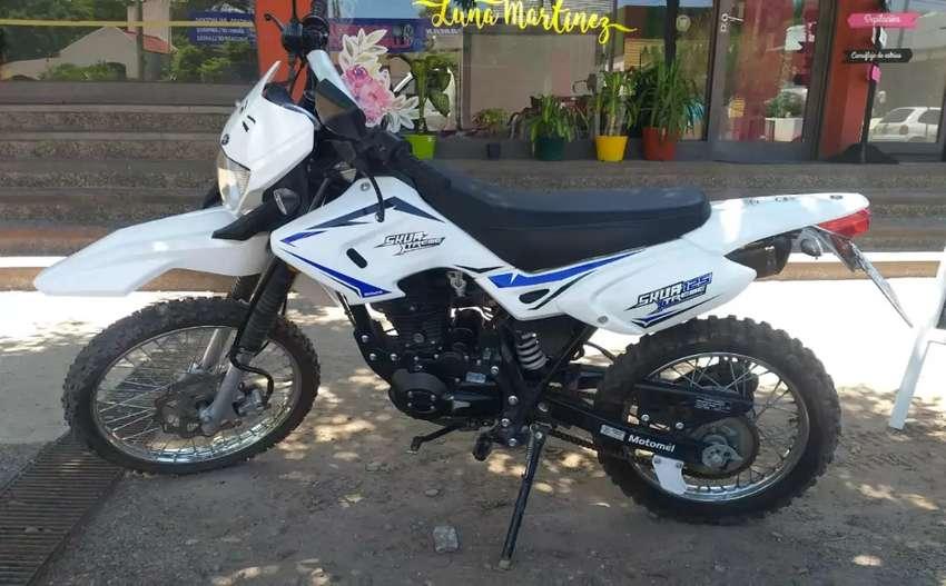 Vendo moto enduro  125 0