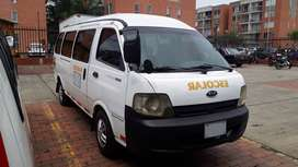 Kia Grand Pregio modelo 2006 de 19 pasajeros