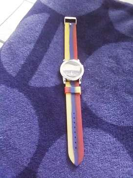 Vendo reloj colores de Banderas  colombiana