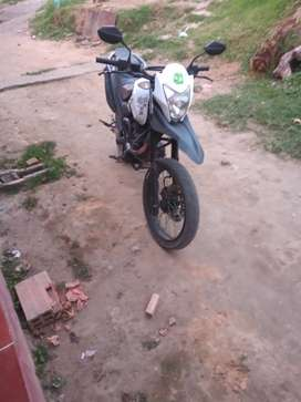 Moto AKT 125 MODELO 2015