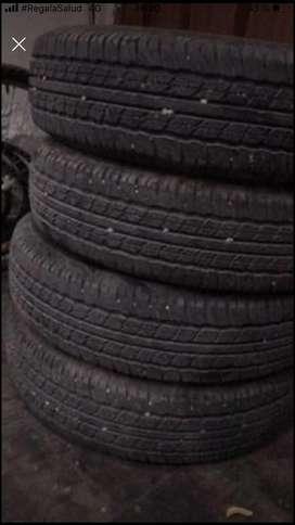 4 LLantas Dunlop 195.80r15 Grandtrek con solo 800km de uso