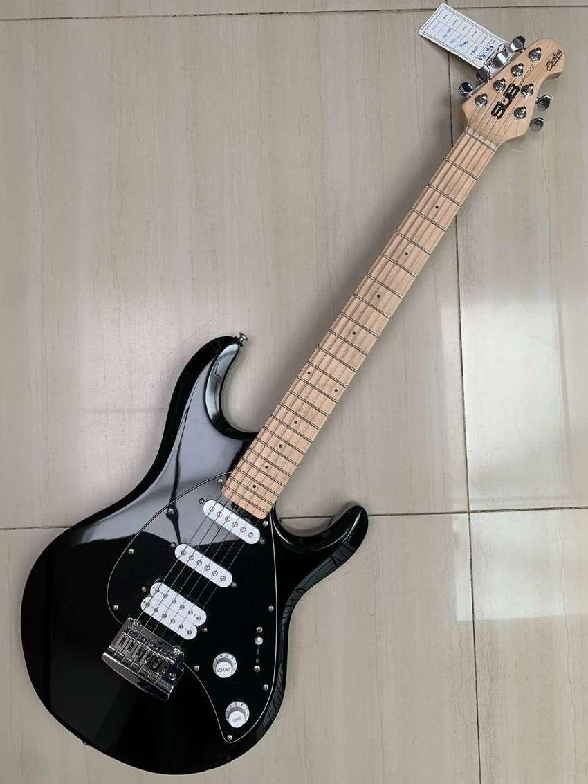 guitarra electrica Music Man Silhouette Silo3 Black